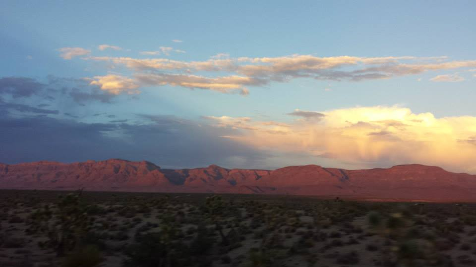 Canyons-End-Motel-and-Restaurant-Meadview-Grand-Canyon-clouds