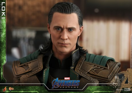 Hot Toys - A4 - Loki collectible figure_PR15