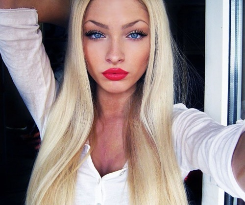 classify blonde russian model