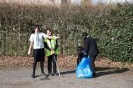 yr7_litter picking_w-35