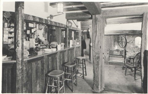 The Kings Arms Bar, Old Amersham
