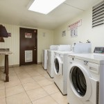 kings inn guest laundry