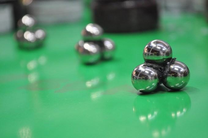 ball-510227_960_720