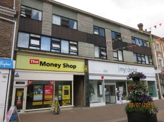 2015 The Money Shop at No 118 mydentist at Nos 115 to 117