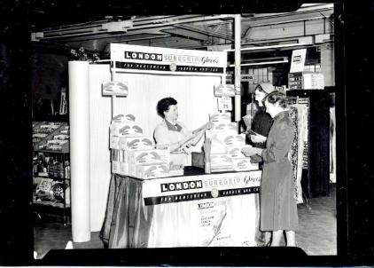 1955 (circa) Jermyns Suregrip Gloves stand (PM Goodchild)
