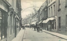 1880s (approx) Nos 5, 6 & 7 High St (right) (Trues Yard)