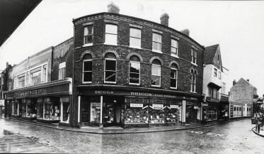 1961 No 56 High Street