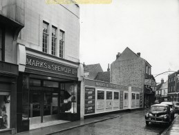 1961 demolition for M & S extension in Norfolk St (M & S Archives)