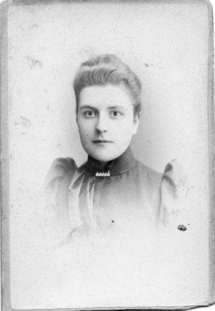 1891 approx Elizabeth Ann Moretti
