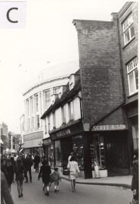 1971 (C)
