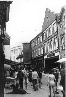 1971 Scotts High Street frontage