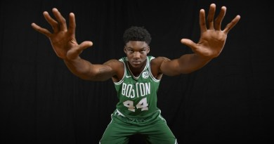 Celtics Make It 8 in a Row! Blow out Atlanta 129-108