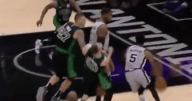Video: Gordon Hayward Fractures Hand After An Awkward Collision