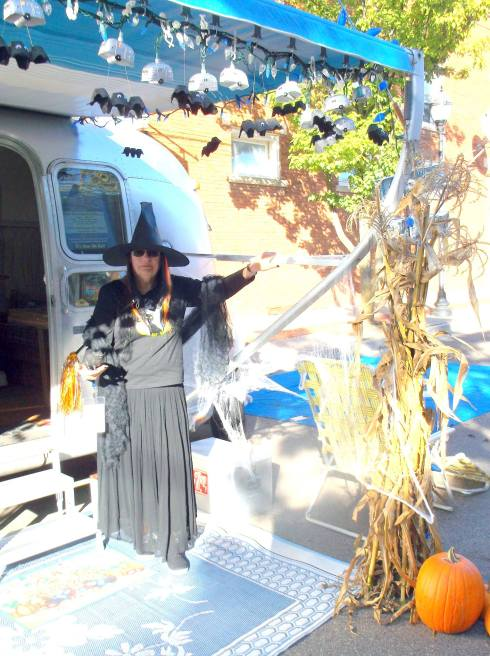 Airstream  halloweenie