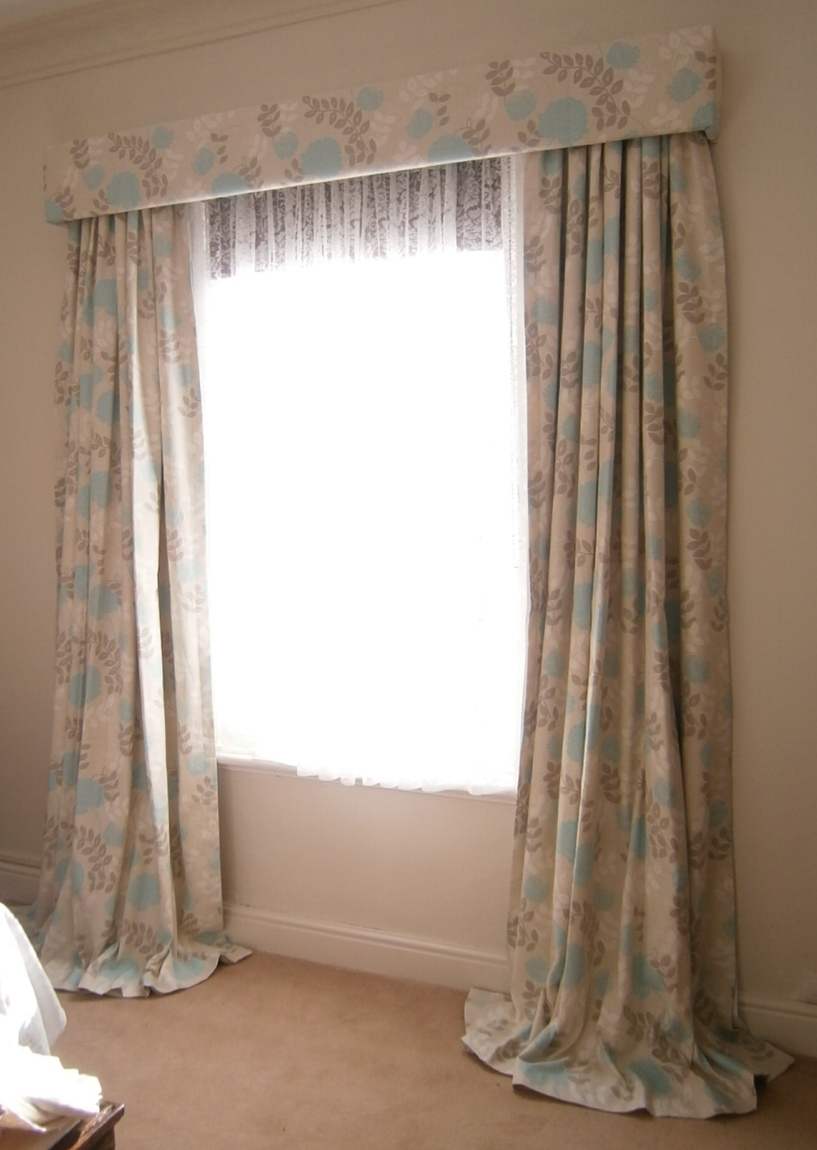 Curtain Puddling