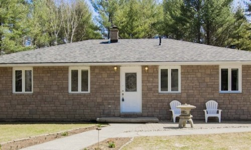 1704 Pine Grove Rd, Marlbank, ON