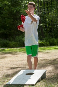 cornhole leisure game