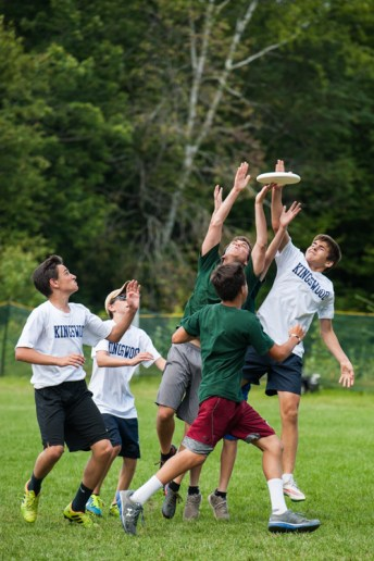 ultimate frisbee sports competition boys overnight summer camp new england