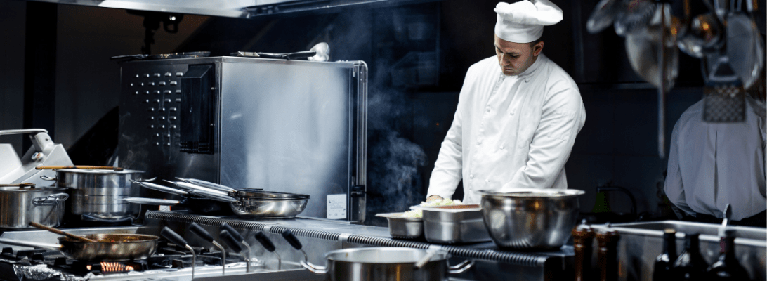 Learn how to choose a fryer for your commercial kitchen with these tips from Kingswood Leasing!