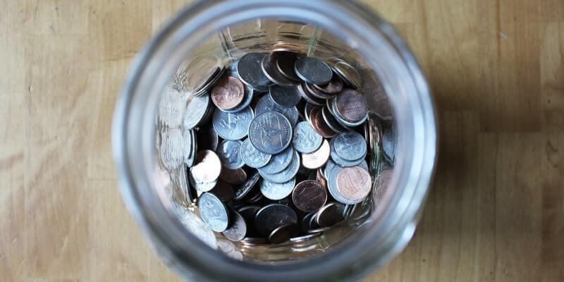 瓶の中に貯まっているお金