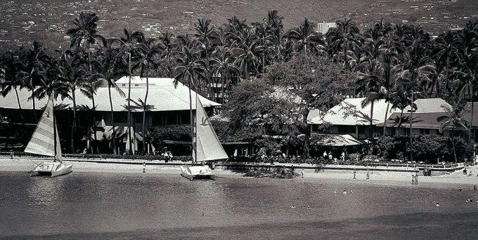 ハレクラニ 館内歴史散策ツアー(ヒストリックハレクラニ&ハワイアンカルチャーツアー)