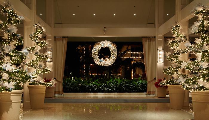 ハワイのホテルのクリスマスのデコレーションをチェック