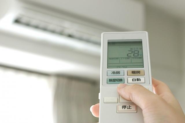 電気ストーブ エアコン 併用