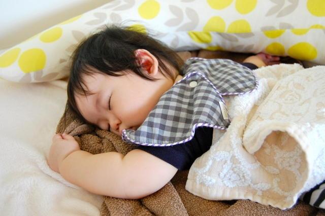 赤ちゃん 寝返りしない 病気