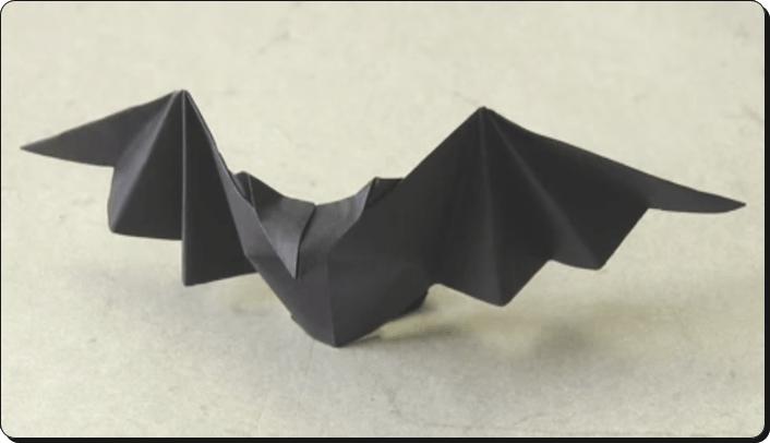 ハロウィン 折り紙 コウモリ