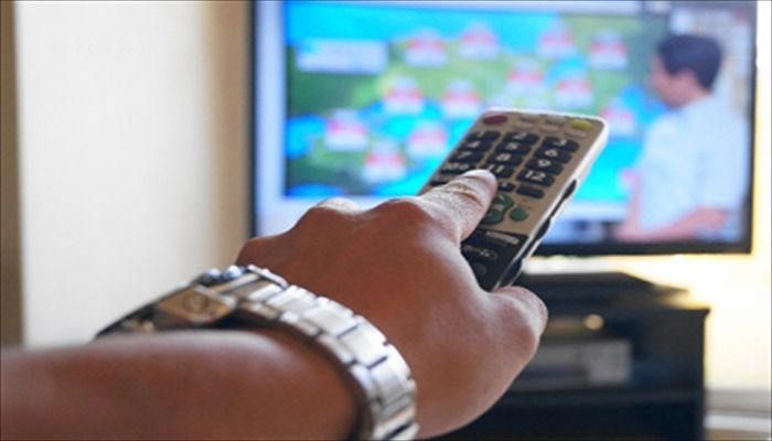 年末年始 予定 過ごし方 テレビ番組を変えまくる
