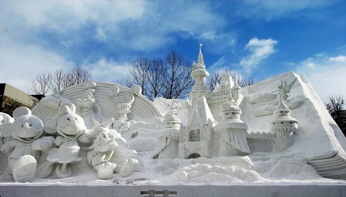 冬の遊び 札幌雪まつりに行く