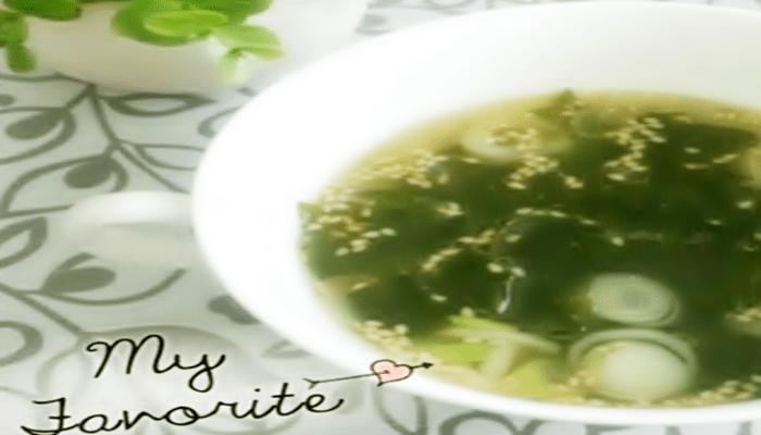 冷やし中華のおかず わかめスープ