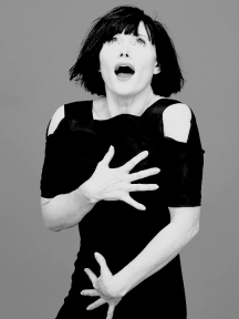 essie-davis-photographed-by-david-mandelberg