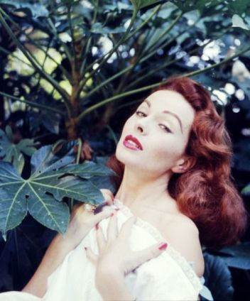 jeanne-crain-photo-by-peter-basch2