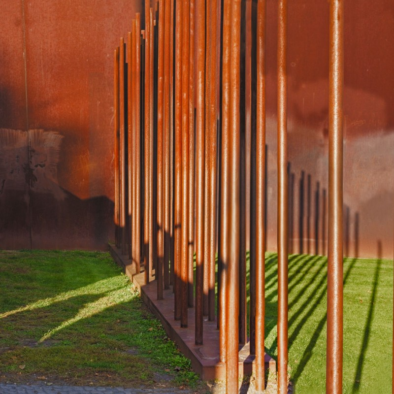 Beyond the Wall - Deux horizons - Berlin Wall Memorial