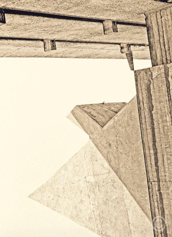 La Pyramide de Corbu Couvent de la Tourette