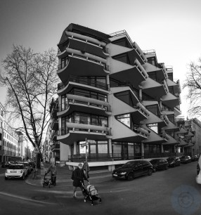 Balcony in(-)sanity - Corners