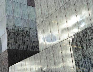 Vegetation facade skies #2 Utrecht Library Wiel Arets Architects, 2004 © Prosper Jerominus 2006