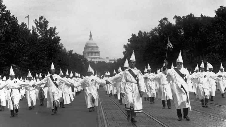 Ku Klux Klan idruga publiczna parada, Waszyngton, 1926.