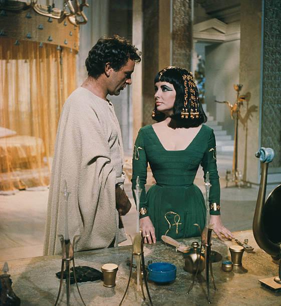 Richard Burton jako Marek Antoniusz iLiz Taylor jako Kleopatra