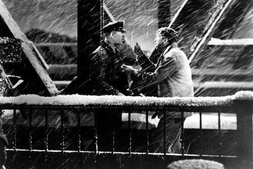 George Bailey - scena namoście