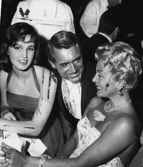 Lana Turner, Cheryl Crane iCary Grant nagali rozdania oscarów