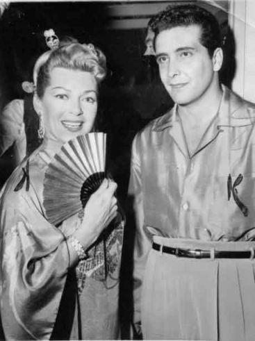 Lana Turner Johhny Stompanato naimprezie, rok 1958