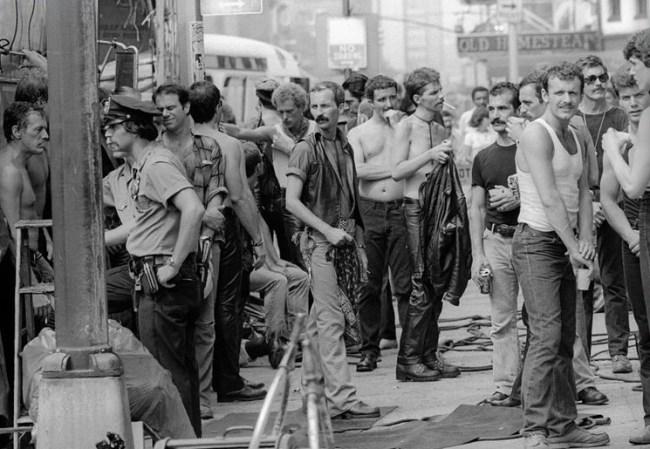 """Protesty przeciwko kręceniu filmu """"Zadanie specjalne"""""""