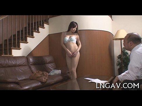 風俗の面接で鬼畜店長に乳首やおまんこを弄られる三十路熟女妻の塾女性雑誌30代 動画