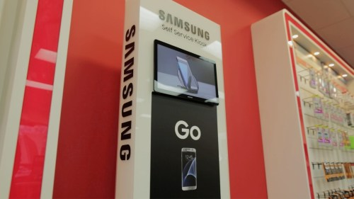 small resolution of samsung partners with iqmetrix to deliver endless aisle kiosk business wire