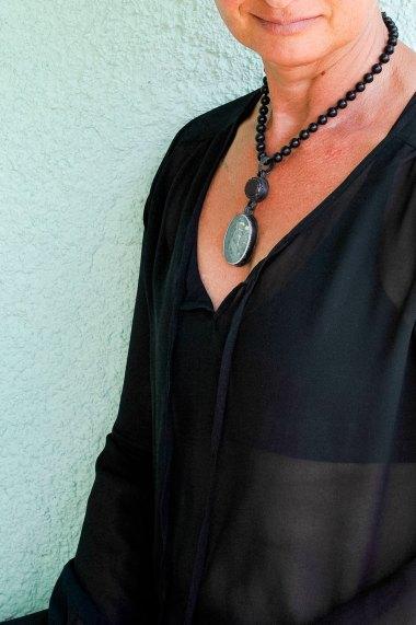 Fritsch_necklace_body1