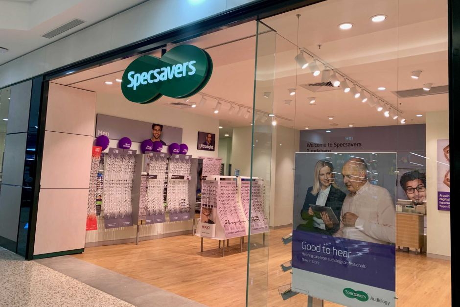 Incident: Specsavers – Adelaide optometrist struck off register after tampering with hundreds of glasses prescriptions | ABC News (Australia)