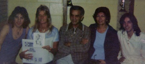 1976 - Denny Laine, Linda McCartney, Jack Kirby, Roz Kirby, Jimmy McCullough