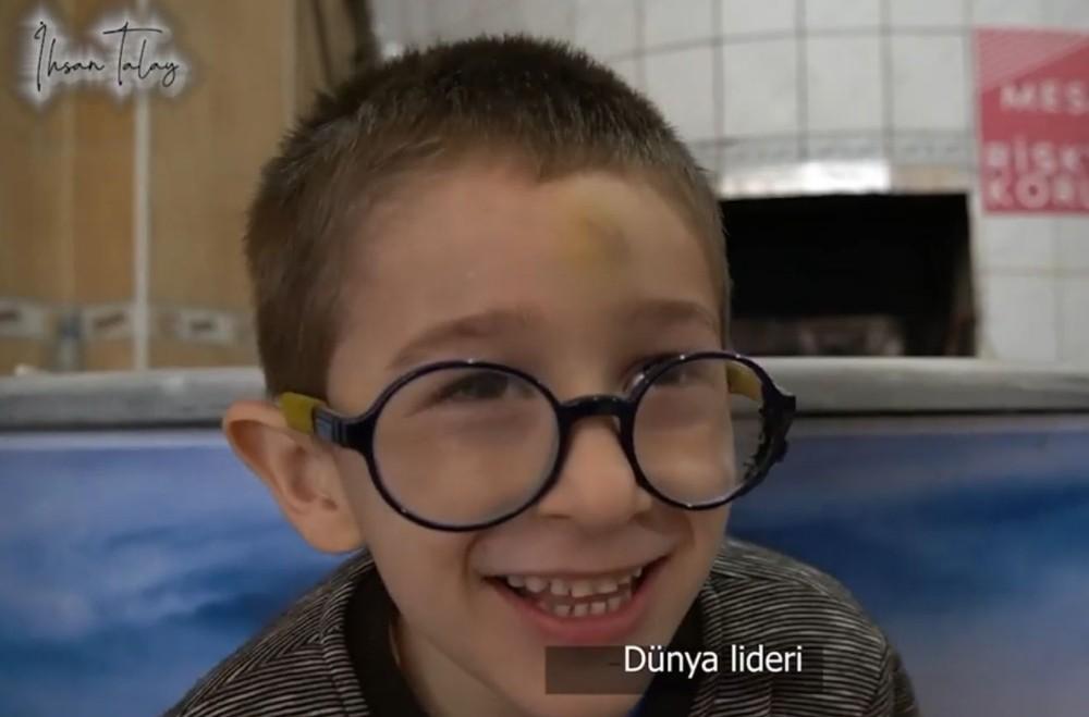 Pınarhisarlılardan Cumhurbaşkanı Recep Tayyip Erdoğan'a doğum günü sürprizi